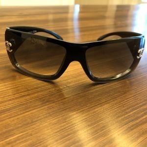 CHANEL Shield CC Logo Sunglasses 5088B